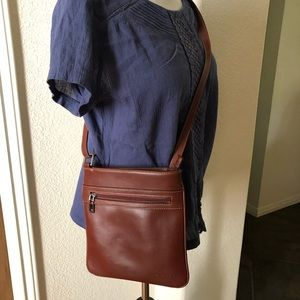 Stauer Crossbody Bag Cognac Brooklyn Leather Strap